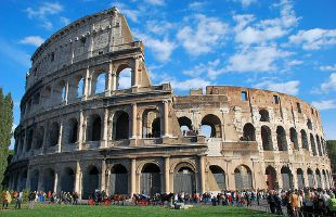 TURISMO, A ROMA <br> ESTATE DA RECORD